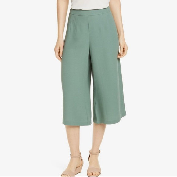 Eileen Fisher Sage Green Cropped Pants - B